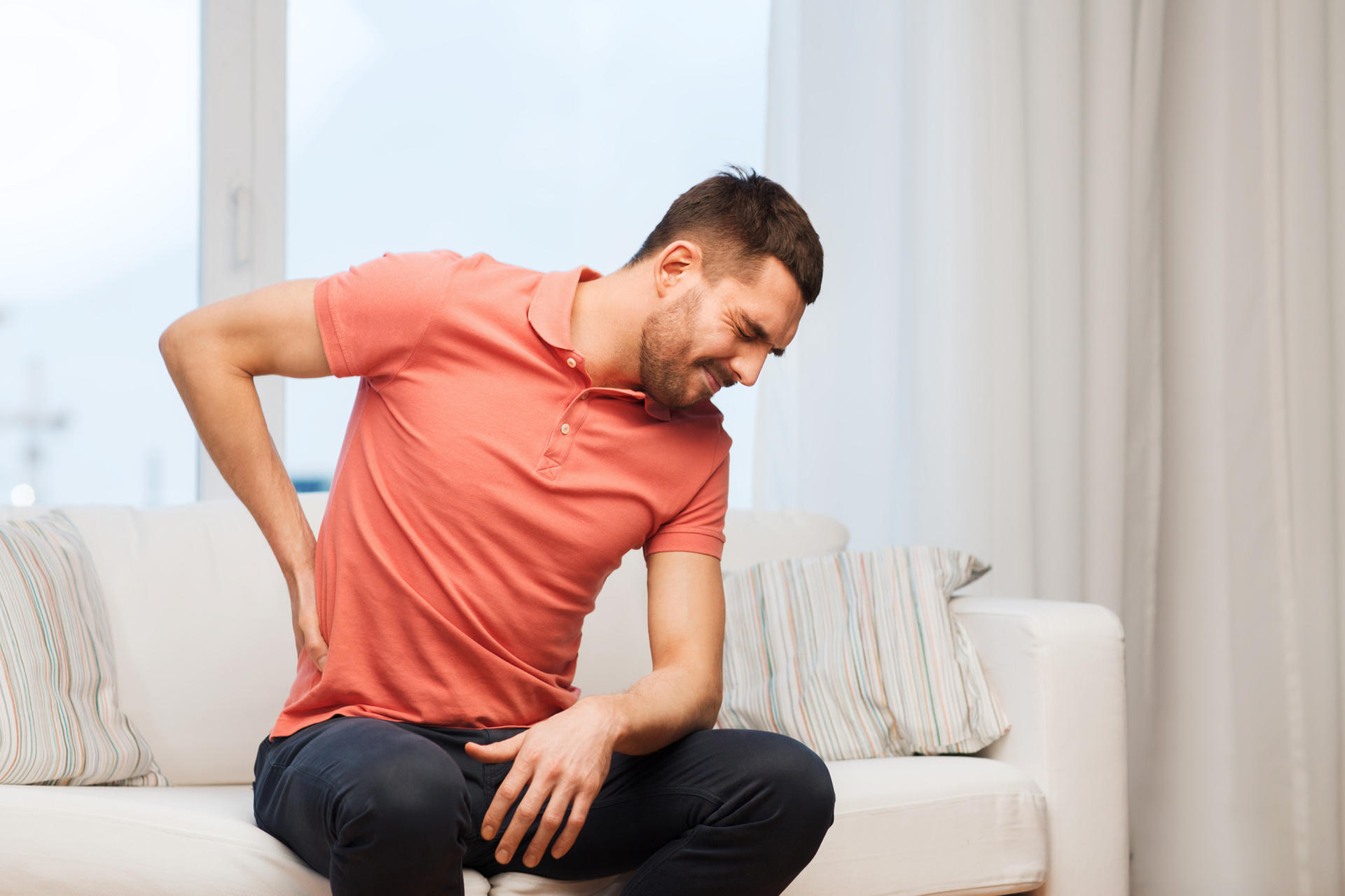 Os 6 principais sintomas de pedra nos rins